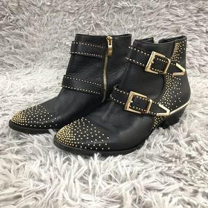 Vince Camuto Tema Leather Riding Gold Studded 5 M